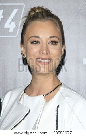 LOS ANGELES - NOV 05:  Kaley Cuoco at the Fallout 4 video game launch  at the downtown on November 05, 2015 in Los Angeles, CA