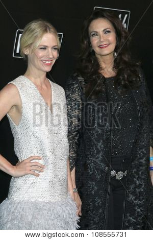 LOS ANGELES - NOV 05:  January Jones, Lynda Carter at the Fallout 4 video game launch  at the downtown on November 05, 2015 in Los Angeles, CA