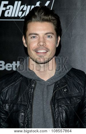 LOS ANGELES - NOV 05:  Josh Henderson at the Fallout 4 video game launch  at the downtown on November 05, 2015 in Los Angeles, CA