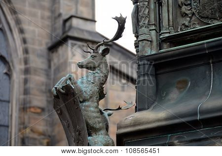 Stag on the Buccleuch Monument