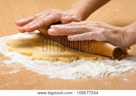 Rolling Dough For Cookies