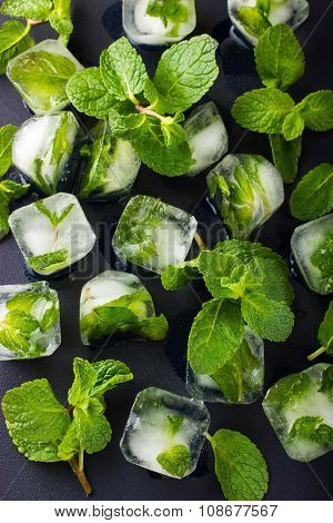 Mint Ice Cubes With Fresh Mint Leaves