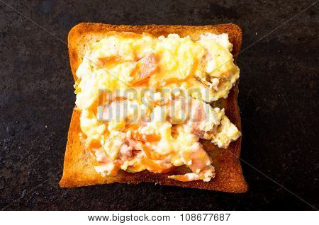 Sandwich With Scrambled Eggs
