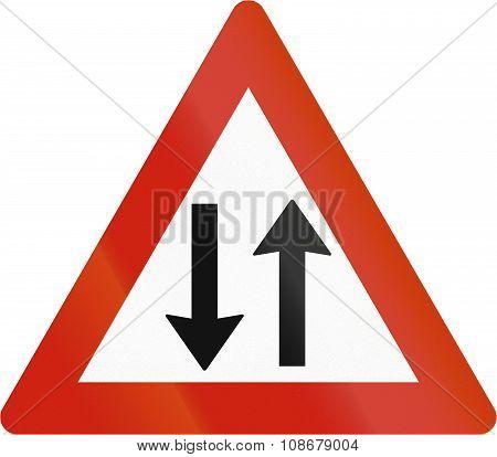 Norwegian Road Warning Sign - Opposing Traffic