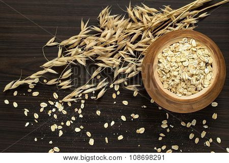 The Stalks Of Oats And Oatmeal