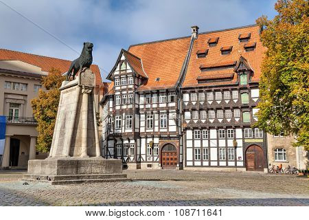 Statue Of Lieon And Half-timbered Building In Braunschweig