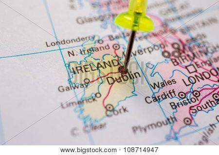 Ireland on atlas world map