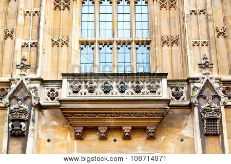 Old In London  Historical     Window    Structure And