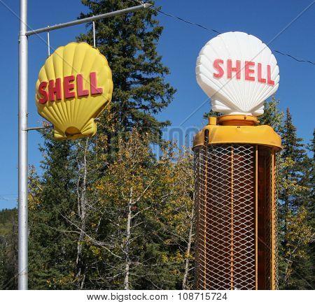 Vintage Shell gas pump