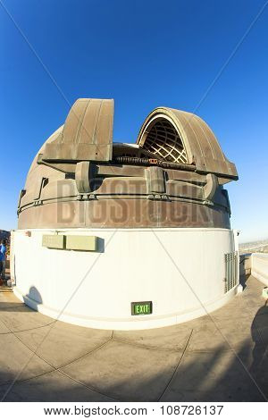 LOS ANGELES, USA - APR 8, 2012: famous Griffith observatory in Los Angeles under blue sky