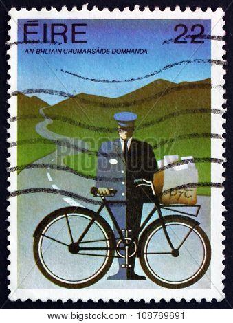 Postage Stamp Ireland 1983 Mailman
