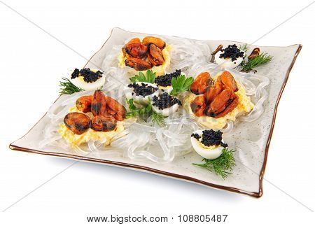 salad with mussels