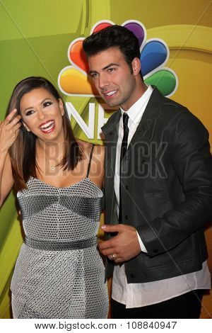 LOS ANGELES - NOV 17:  Eva Longoria, Jencarlos Canela at the Press Junket For NBC's