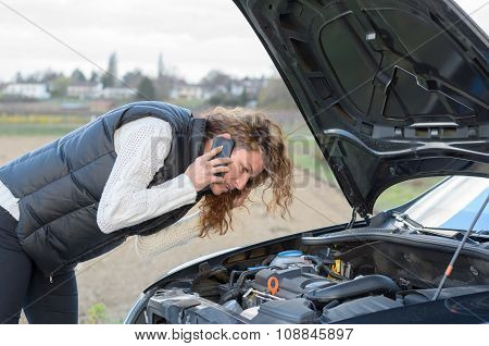 Woman 's Car Breaks Down