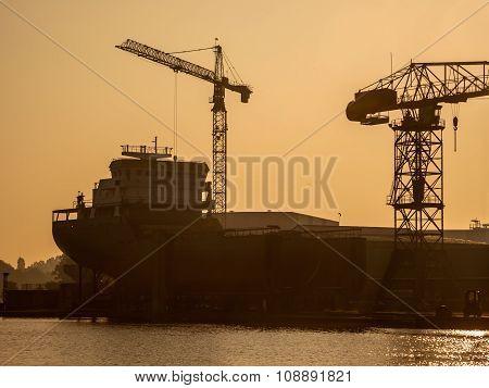 Ship Construction Wharf Silhouette