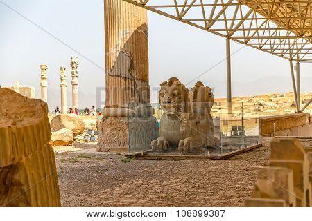 Lions heads Persepolis