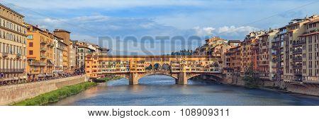 Famous bridge Ponte Vecchio, Florence, Italy