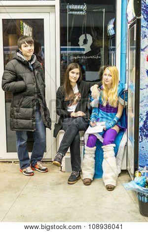 Russian Teenagers Relaxing Ina Lan Video Game Bar