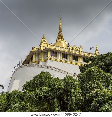 Wat Saket - The Golden Mountain Temple (phu Khao Thong) In Bangkok, Thailand