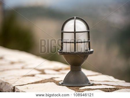 Exterior wall lamp