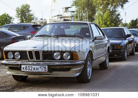 Old-car Bmw 6-series