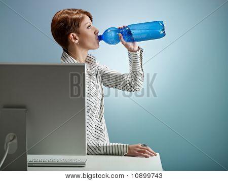 Água potável de empresária