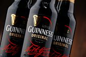 ������, ������: Three Bottles Of Guinness Beer