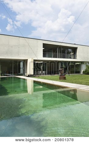 Architecture of Attilio Panzeri, Modern house outdoors