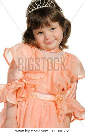 Cerca de la encantadora niña