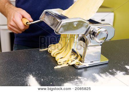 Making Fettuccine