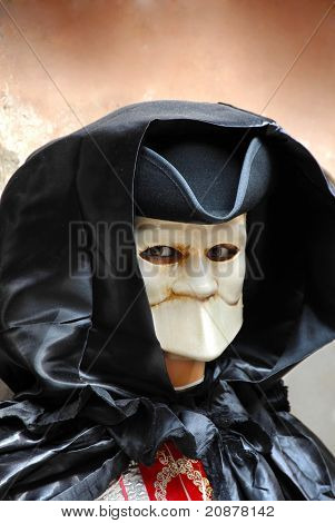 Doll In Mouthless Mask