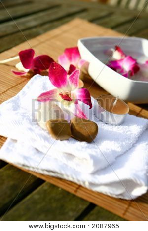 Orchid Spa For Evening Outdoor Massage Session
