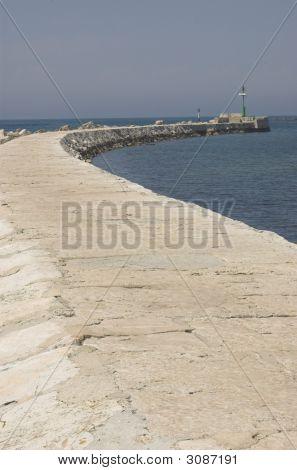 Bay Wall