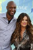 LOS ANGELES - AUG 7: Khloe Kardashian; Lamar Odom arrives at the 2011 Teen Choice Awards held at Gib