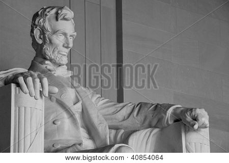 Detalhe de estátua de Abraham Lincoln no Lincoln Memorial - Washington DC, Estados Unidos