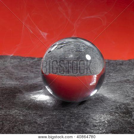 rauchigen Kristallkugel