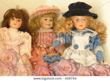 Romantic Dolls