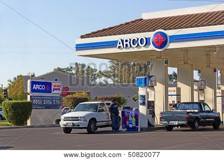 Sacramento, Usa - September 13: Arco Pump Station On September 13, 2013 In Sacramento, California.