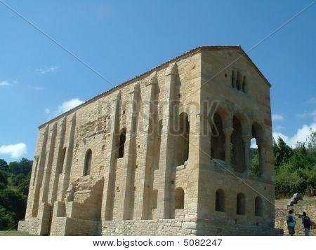 Santa María del Naranco 03