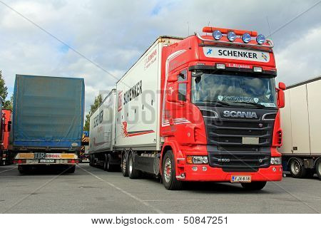 Red Scania R500 V8 With Db Schenker Trailer