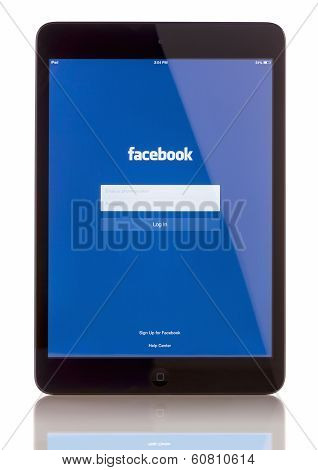 Facebook on iPad Mini2
