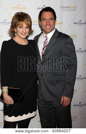 LOS ANGELES - JAN 11: Mark Steines, Cristina Ferrare at the Hallmark Winter TCA Party at The Huntington Library on January 11, 2014 in San Marino, CA