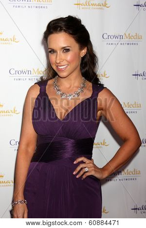 LOS ANGELES - JAN 11: Lacey Chabert at the Hallmark Winter TCA Party at The Huntington Library on January 11, 2014 in San Marino, CA