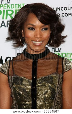 LOS ANGELES - JAN 11: Angela Bassett at the 2014 Film Independent Spirit Awards Nominee Brunch at Boa on January 11, 2014 in West Hollywood, CA