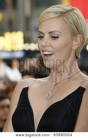 LOS ANGELES - MAR 2:  Charlize Theron at the 86th Academy Awards at Dolby Theater, Hollywood & Highland on March 2, 2014 in Los Angeles, CA