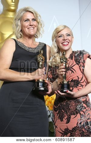 LOS ANGELES - MAR 2:  Beverley Dunn, Catherine Martin, winners  at the 86th Academy Awards at Dolby Theater, Hollywood & Highland on March 2, 2014 in Los Angeles, CA