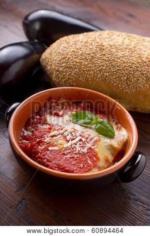 parmigiana traditional italian recipe with eggplant tomato and mozzarella