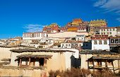 picture of tibetan  - Old tibetan monastery in Shangrila - JPG