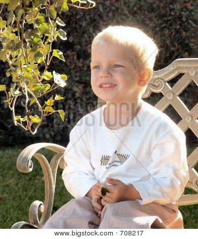 BOY ON BENCH 112703
