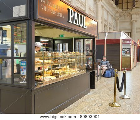 BORDEAUX, FRANCE - JUNE 27, 2013: Patisserie PAUL offers foods on the train station. Founded in 1889, now La Maison PAUL still is the family owned company presented in 25 countries